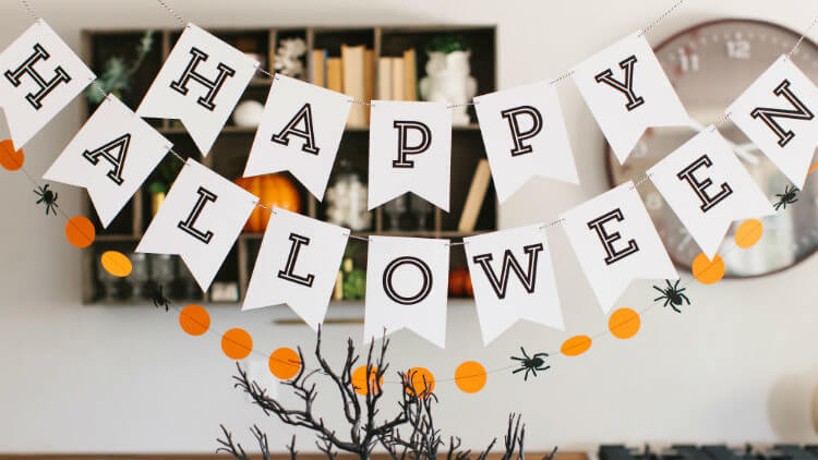 5 Halloween Party Games